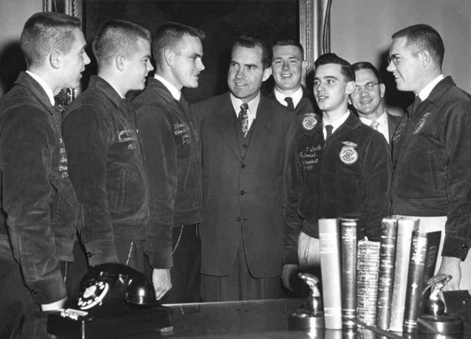 Richard Nixon with National Officers, 1968