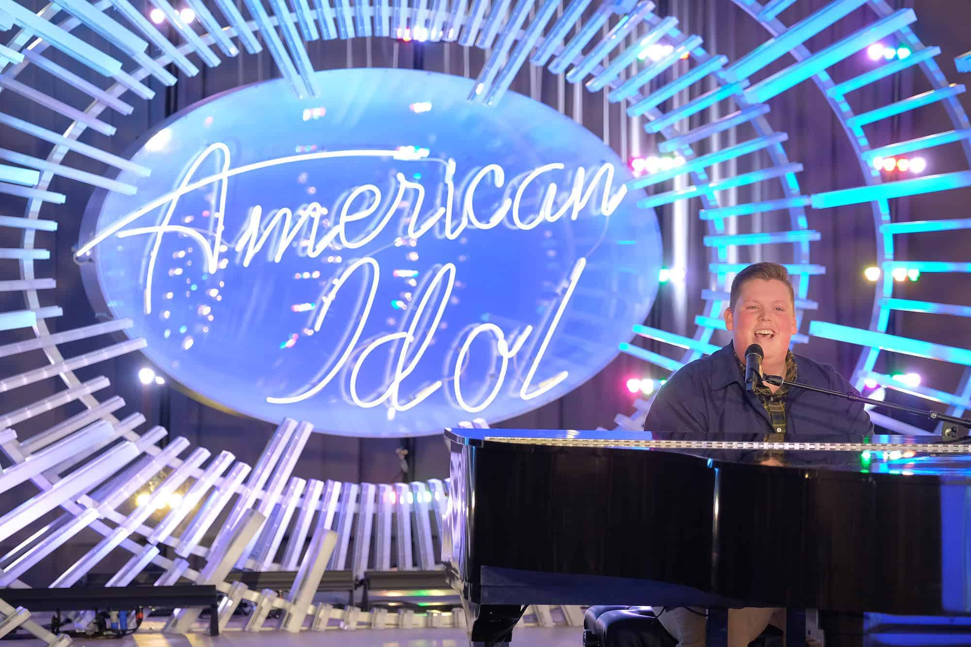 FFA Member Noah Davis Advances on 'American Idol'