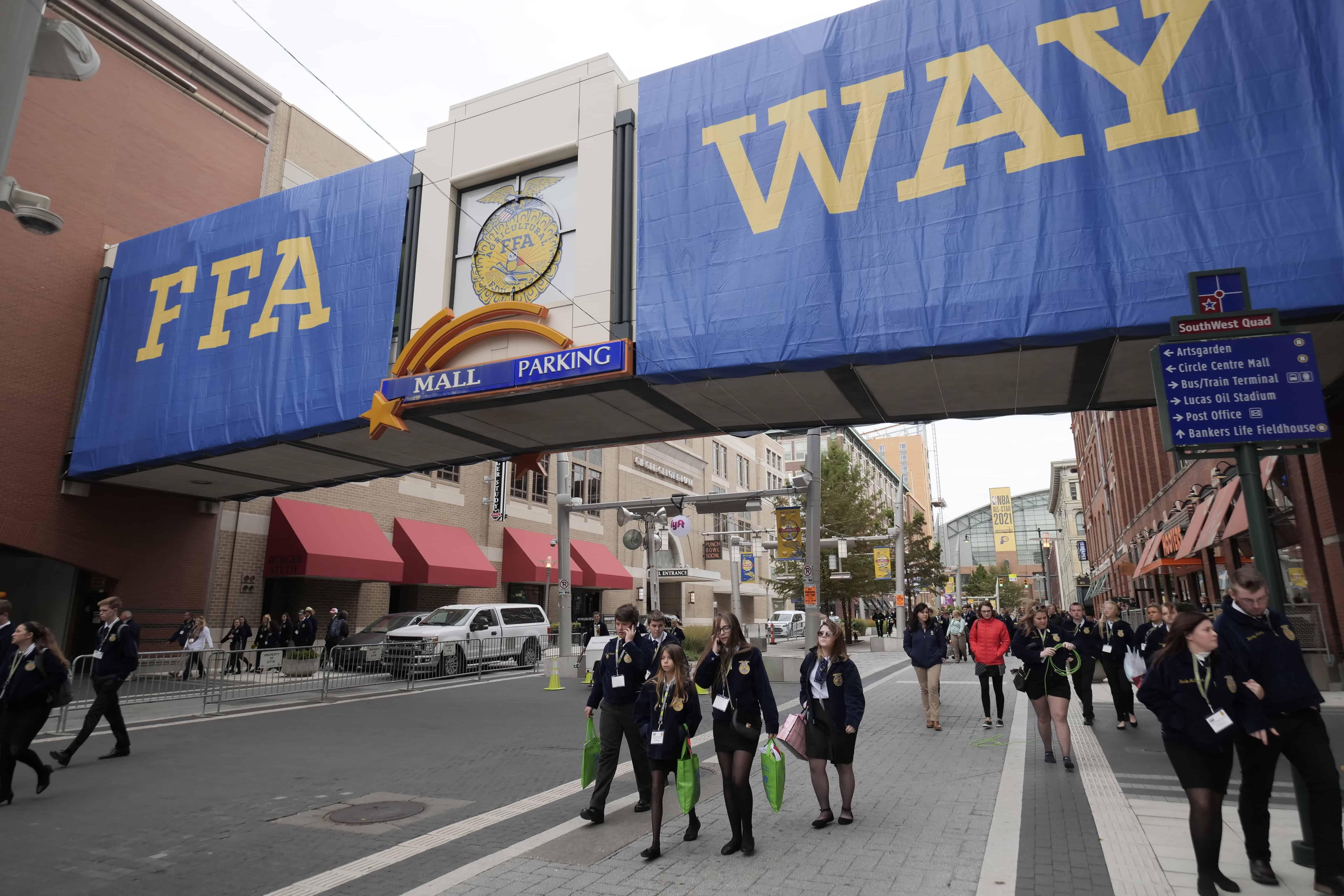 FFA members walk along FFA Way in Indianapolis.