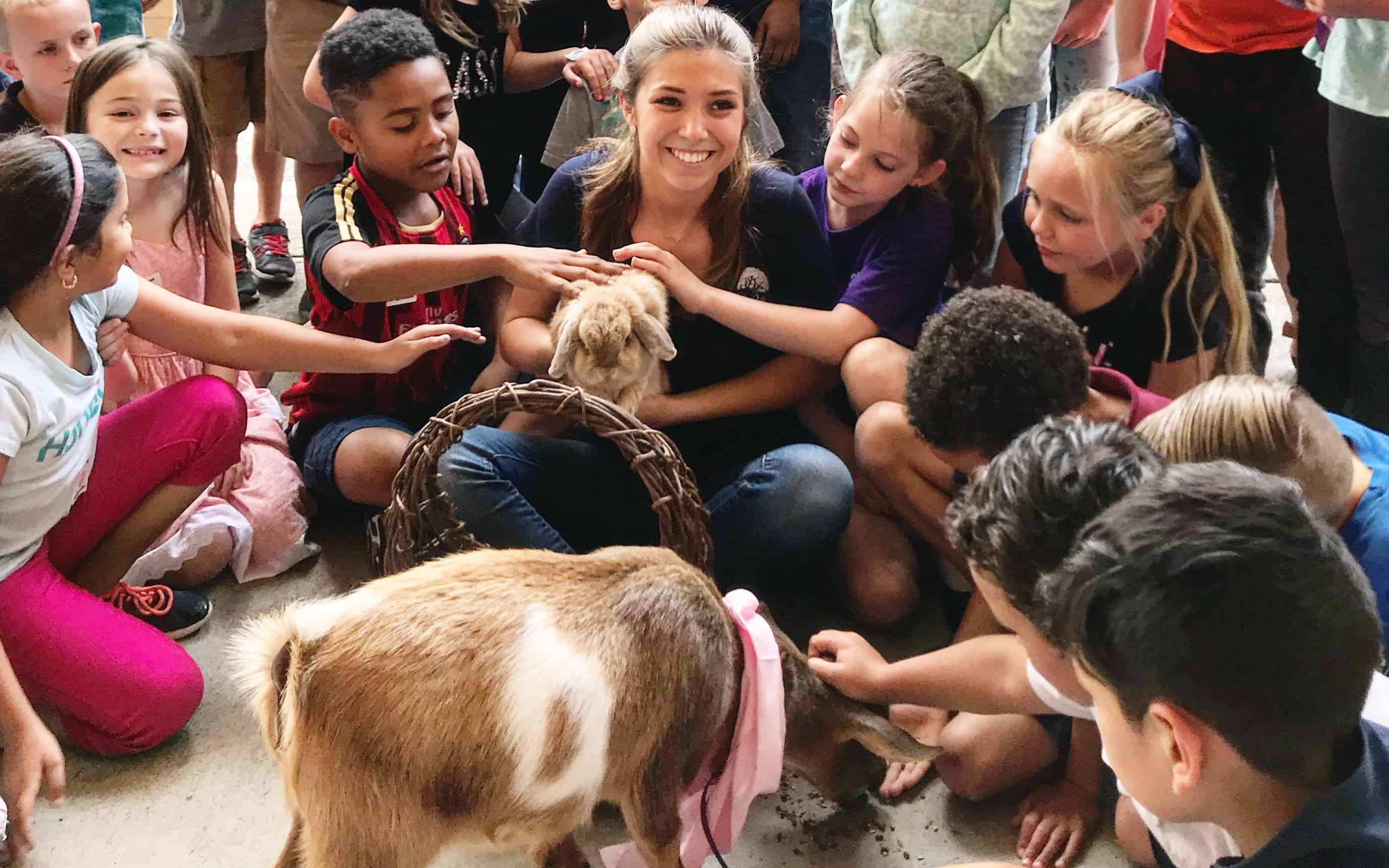 FFA Family Donates Dwarf Goats